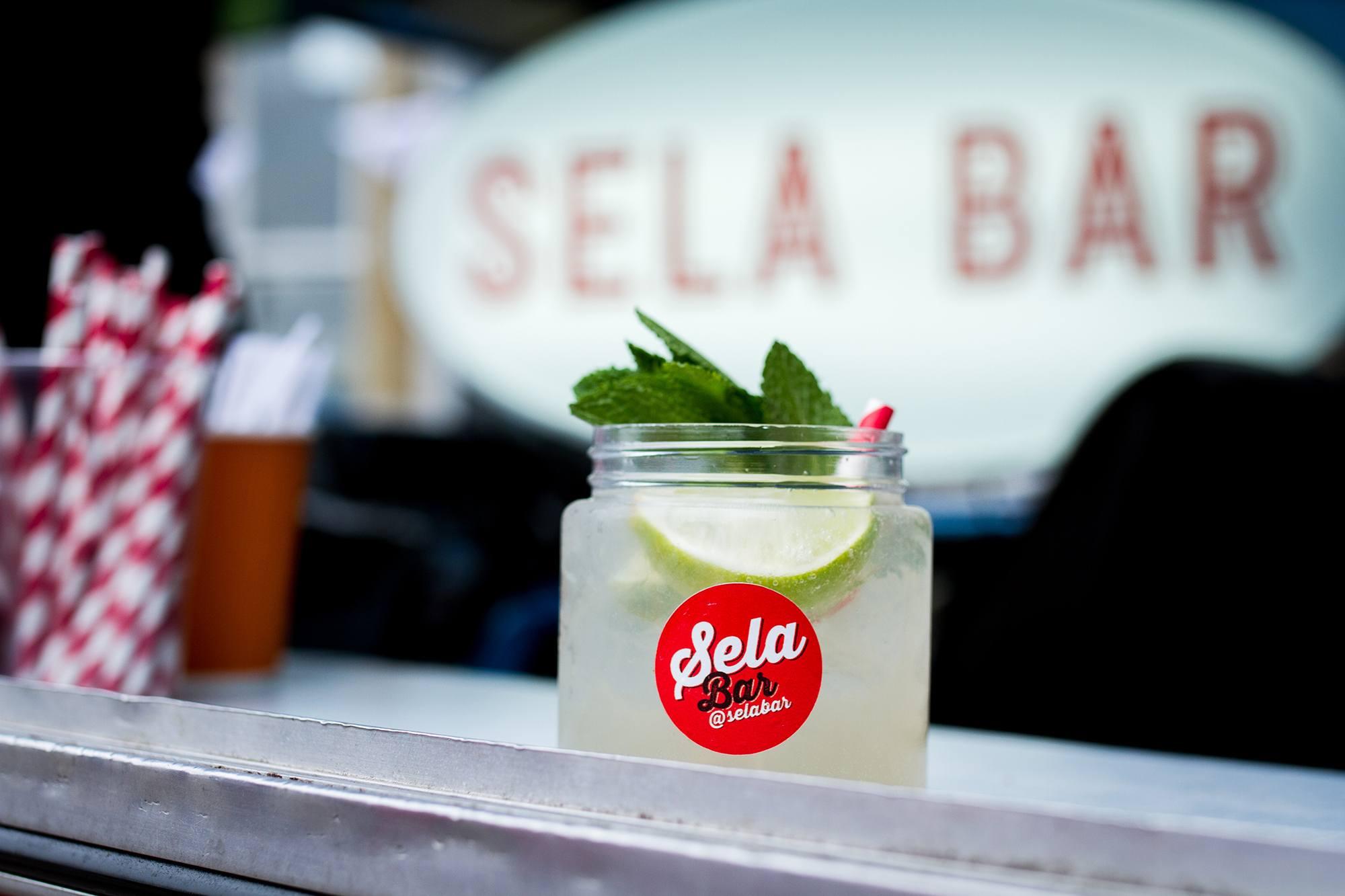 Sela Bar LIF-School-Dinner-Chapel Allerton-primary-credit-Jessie-Leong